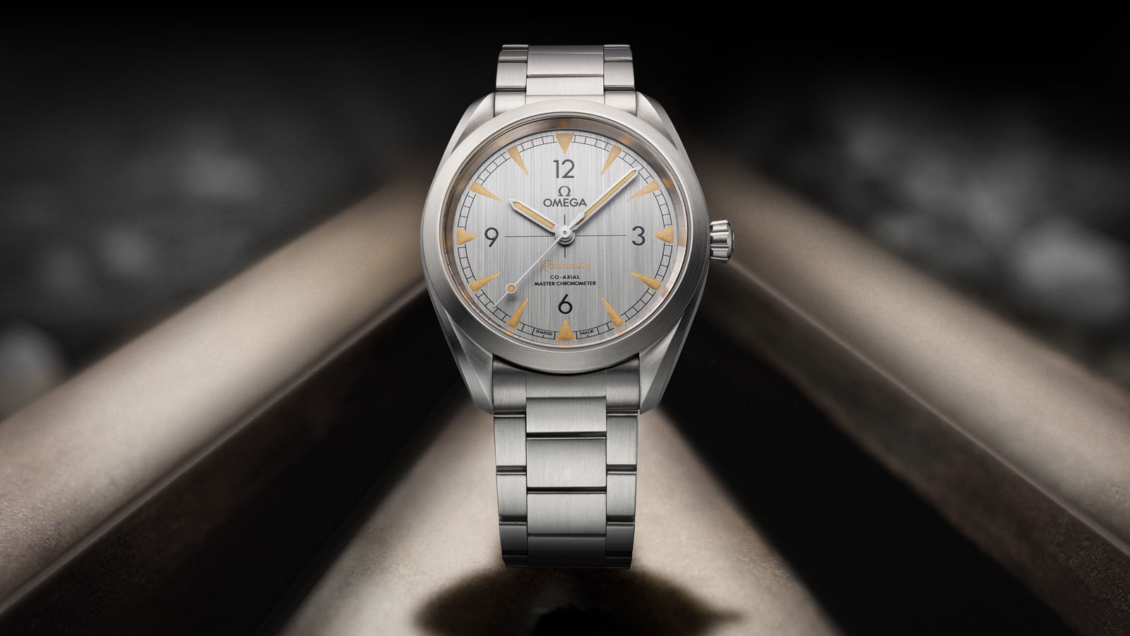 Seamaster レイルマスター Railmaster Omega Co‑Axial Master Chronometer 40 mm ウォッチ - 220.10.40.20.06.001