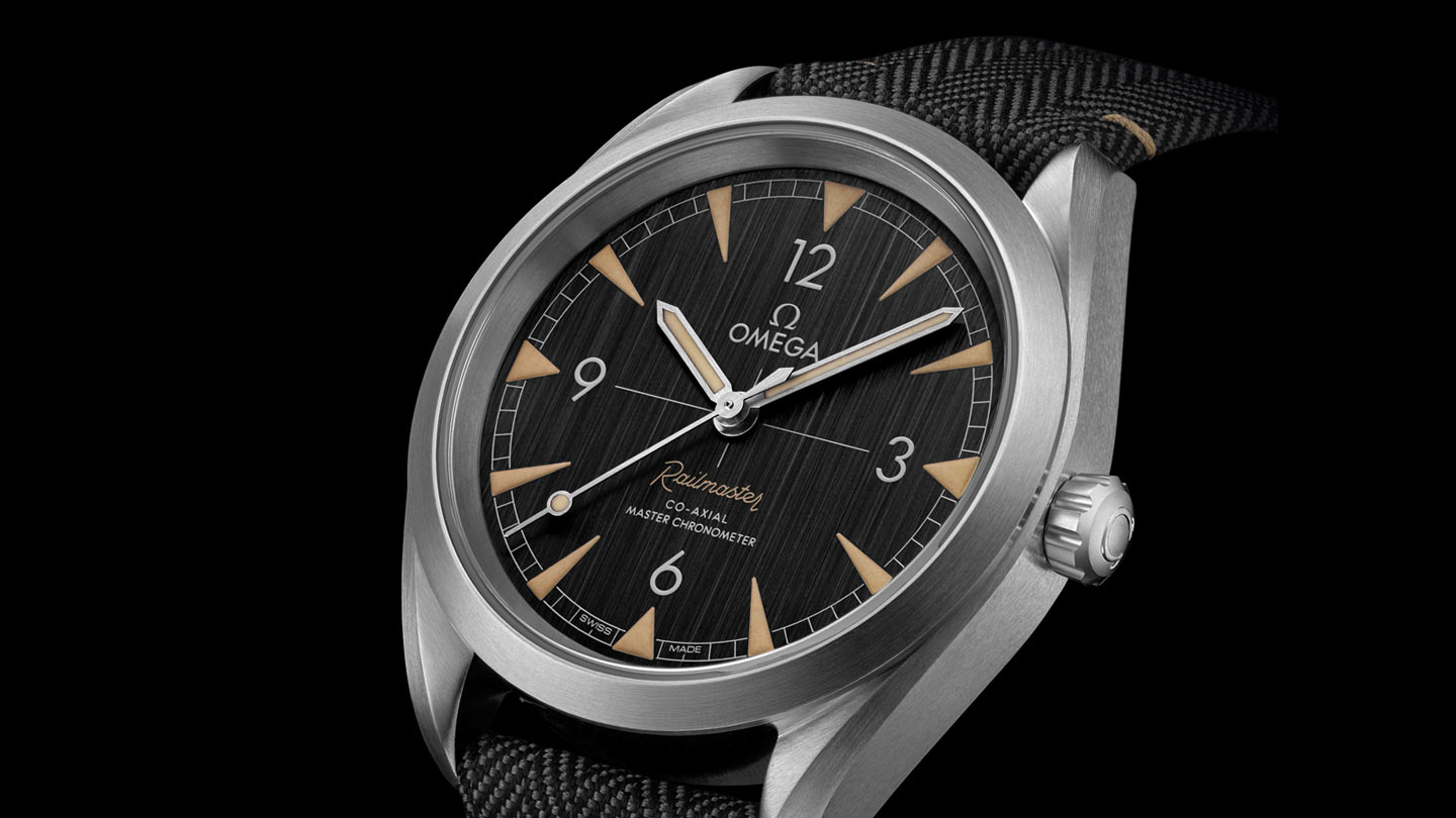 Seamaster レイルマスター Railmaster Omega Co‑Axial Master Chronometer 40 mm - 220.12.40.20.01.001 - ビュー 3