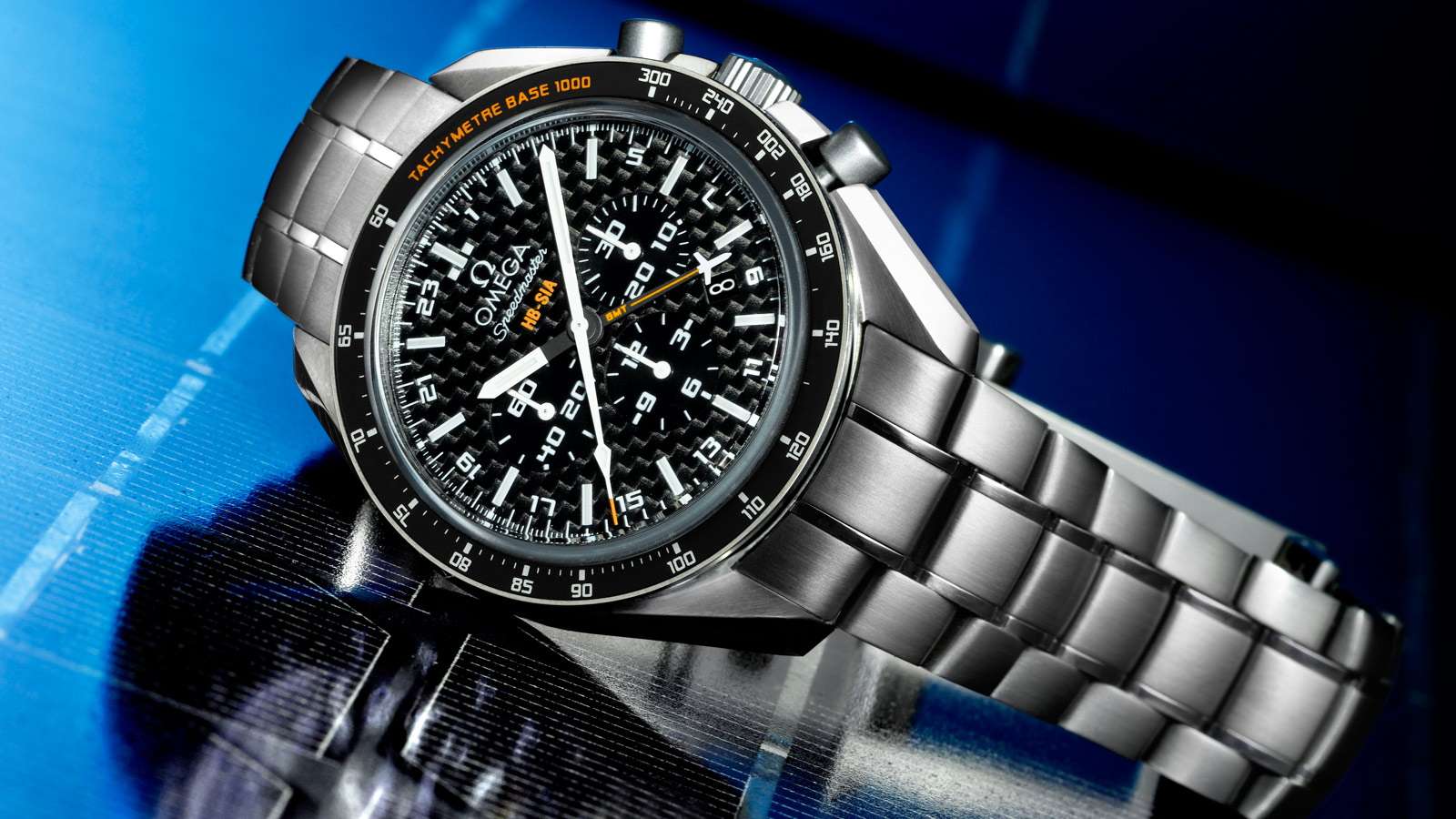 Speedmaster ソーラーインパルス HB‑SIA HB‑SIA Co‑Axial GMT Chronograph Numbered Edition 44.25 mm - 321.90.44.52.01.001 - ビュー 1