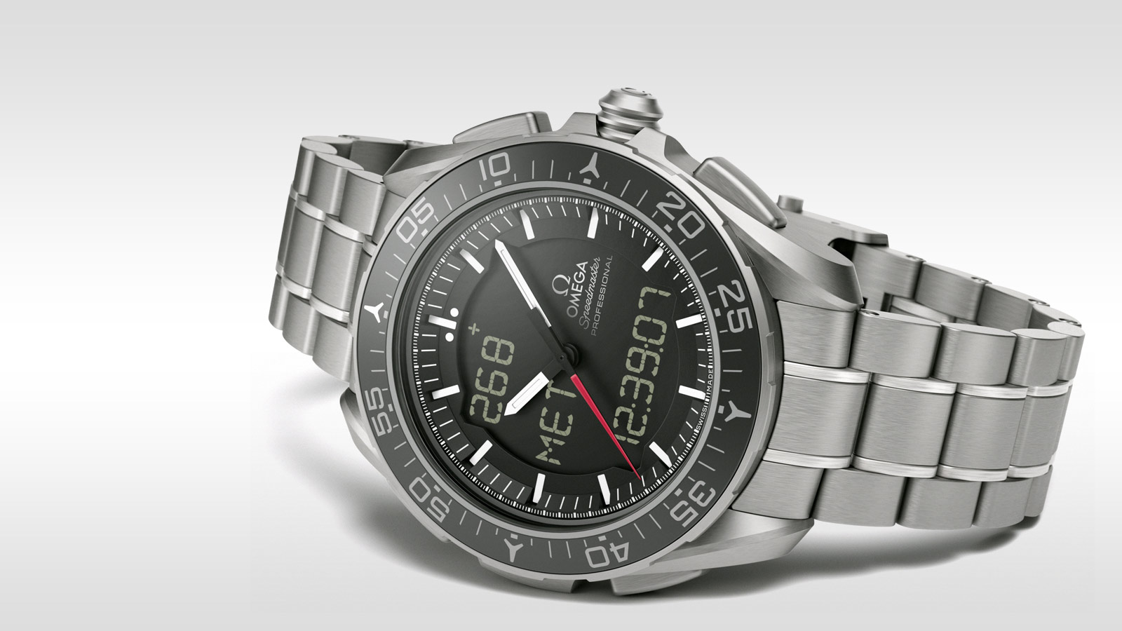 Speedmaster スカイウォーカー X‑33 Skywalker X‑33 Chronograph 45 mm - 318.90.45.79.01.001 - ビュー 2